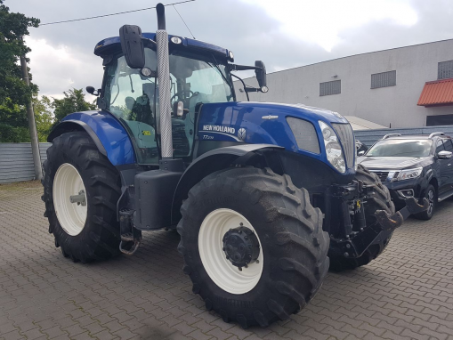 NEW HOLLAND T7.270 Farm tractor